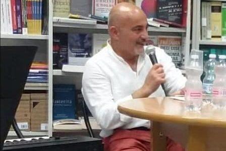 """Libri, """"L'infinita storia delle piccole cose"""" di Giuseppe Bianco"""