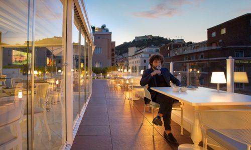 """""""NeapolitanTrips"""", il primo art hostel a Napoli"""