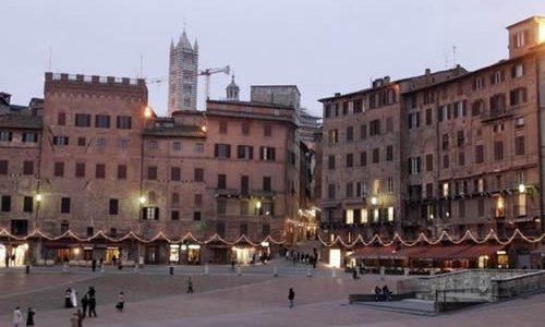 GITE FUORI ROMA / Siena e il Villaggio di Natale