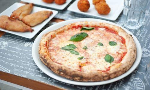 """La pizzeria di San Lorenzo che """"tralascia"""" i Sanniti…"""