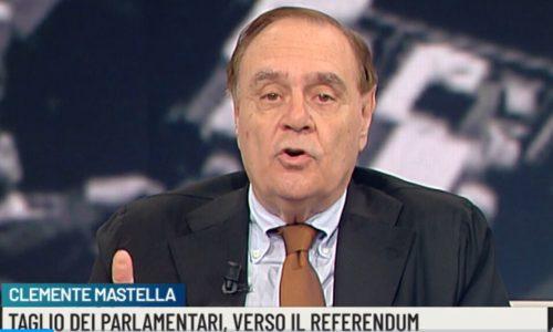 Benevento, il sindaco Mastella in ospedale