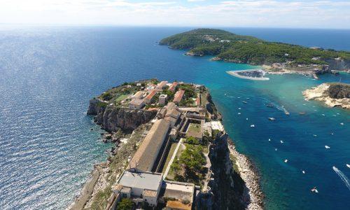 Isole Tremiti: approvato l'adeguamento del porto