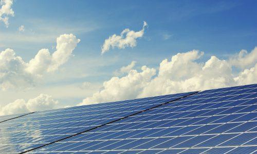 Rinnovabili elettriche,  900mila impianti in esercizio