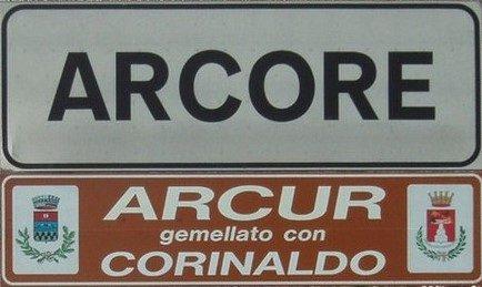 Berlusconi e il Covid, l'ennesima battaglia