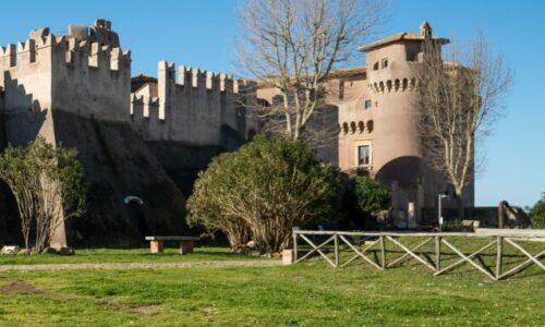 """Cinema, """"Castello Errante"""" a Santa Severa (Roma)"""